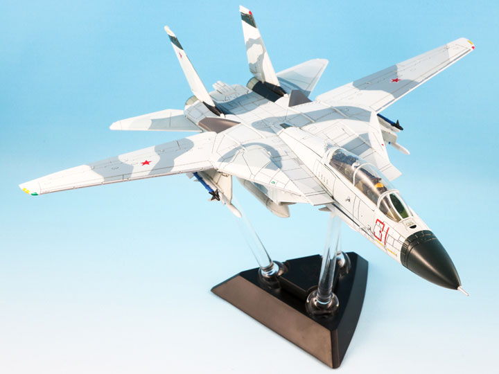F-14A Tomcat Diecast Model, USN VF-126 Bandits, Red 31 / Tomcatsky, NAS (1:72) - Clean panel lines