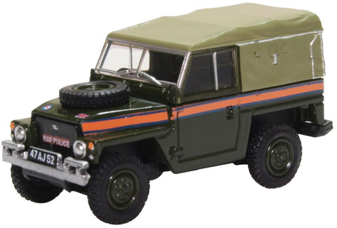 """Land Rover 1 /2-Ton """"Lightweight"""" (Canvas) - Royal Air Force Police (1:76)"""