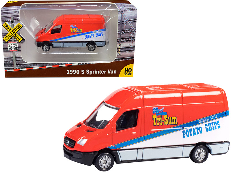 """1990 Mercedes Benz Sprinter Van Red and White """"Tri-Sum Potato Chips"""" """"TraxSide Collection"""" 1/87 (HO)"""