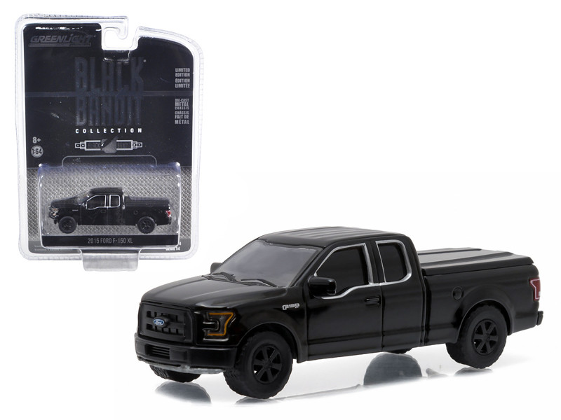 """2015 Ford F-150 XL Pickup Truck with Bed Cover Black """"Black Bandit"""" Series 1/64"""