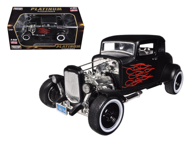 """1932 Ford Hot Rod Matt Black with Flames Limited Edition """"Platinum Collection"""" 1/18"""