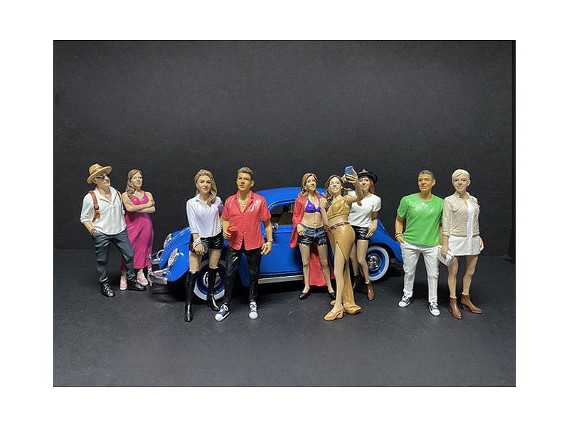 Partygoers 9 piece Figurine Set for 1/18