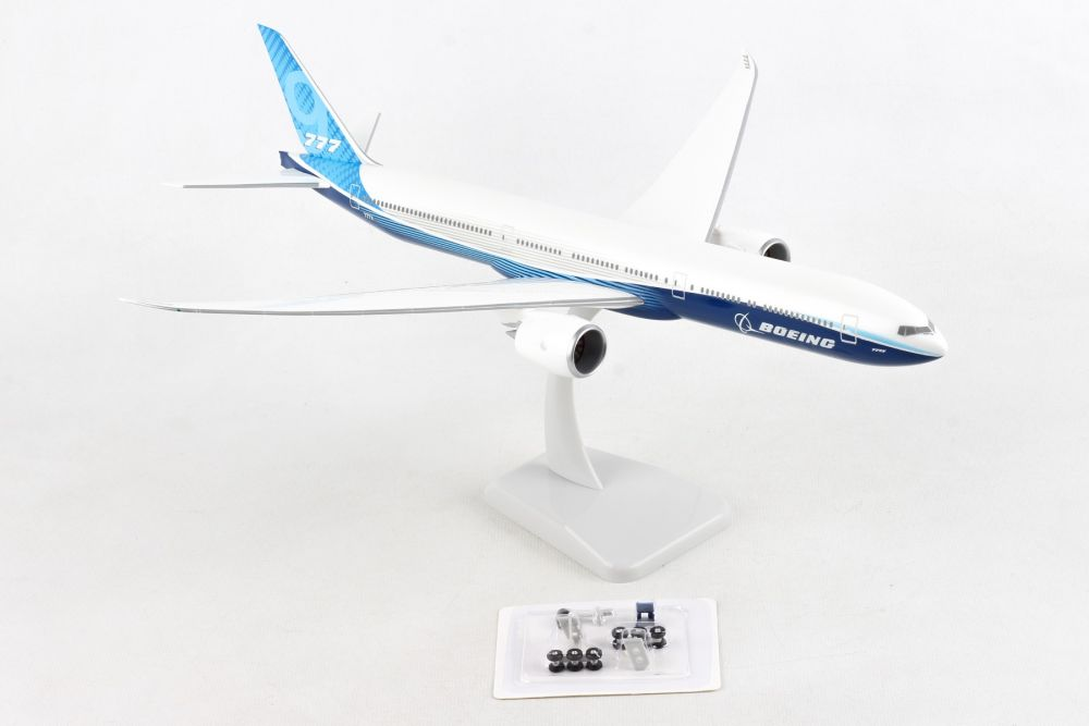 Boeing House Colors 777-9 (1:200)