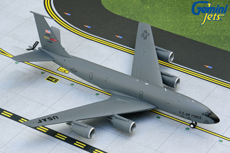 U.S. Air Force March ARB KC-135R 71459 March Air Reserve Base (1:200)