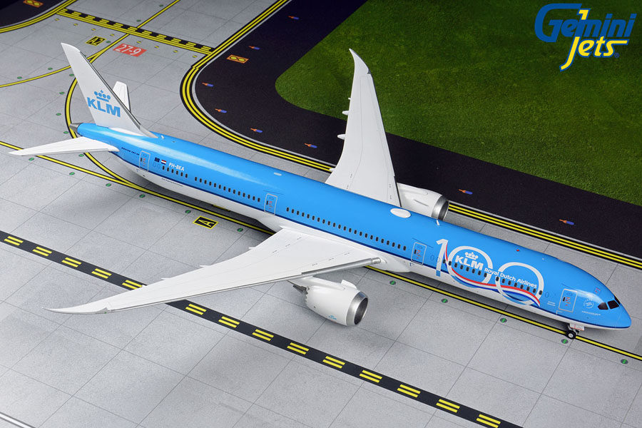 "KLM 787-10 ""100th Anniversary"" PH-BKA (1:200)"