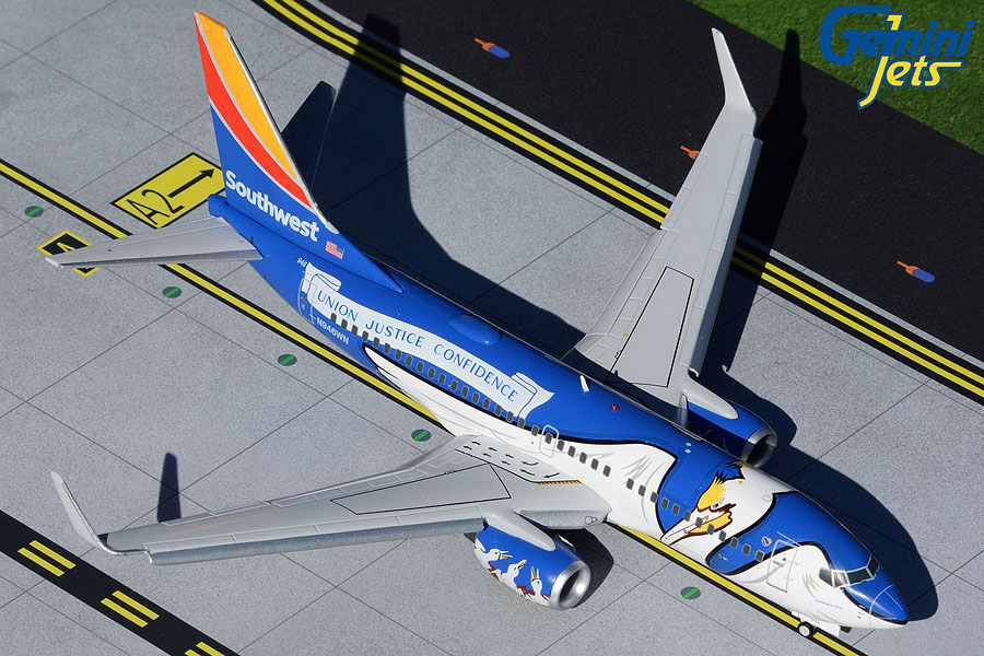 "Southwest B737-700 N946WN ""Louisiana One"" flaps down (1:200)"