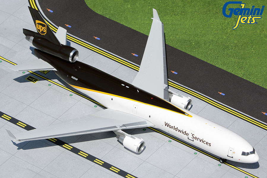 UPS Airlines MD-11F N281UP84. (1:200)