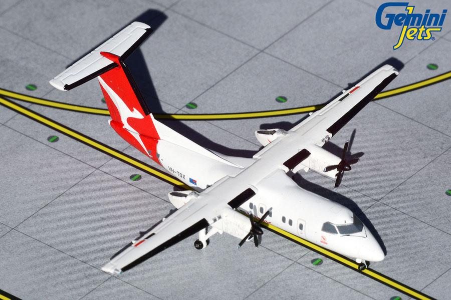 QantasLink Dash 8 Series 200 VH-TQX (1:400)