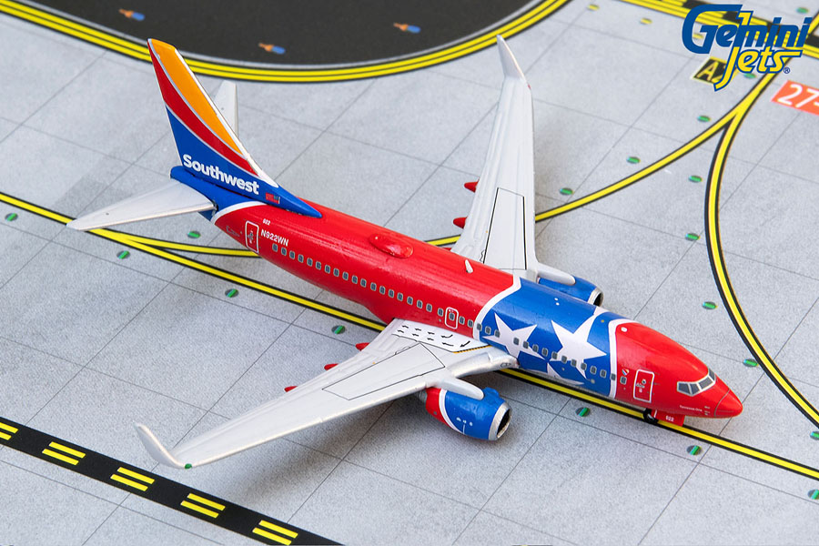"""Southwest Airlines B737-700W N922WN """"Tennessee One"""" (1:400)"""