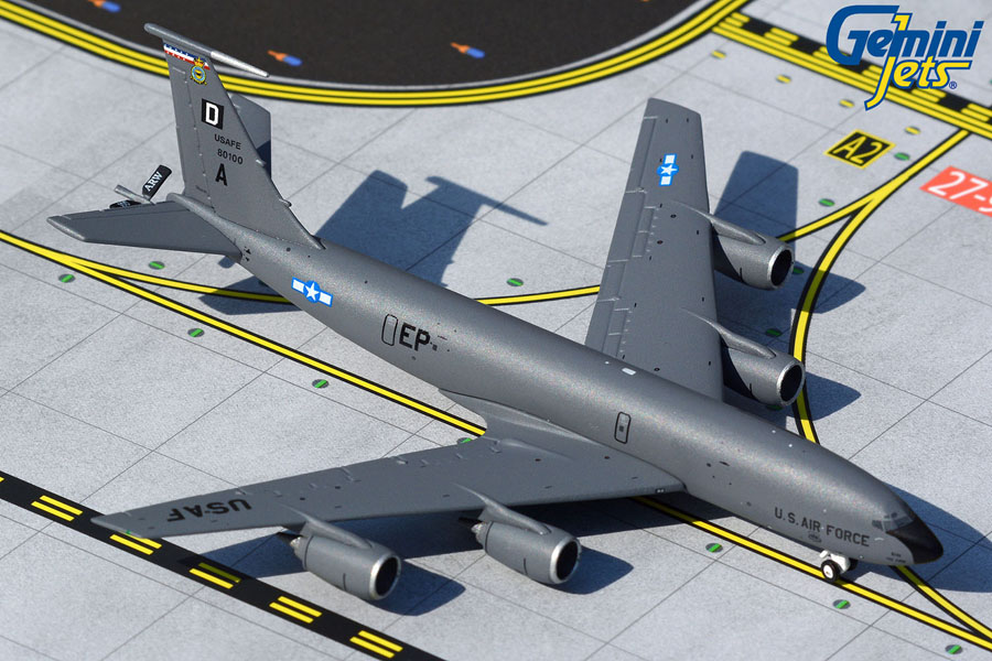 U.S. Air Force KC-135R Stratotanker 0100 Mildenhall (1:400)