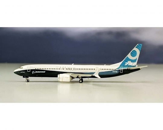 Boeing 737-MAX8 House Livery (1:400)